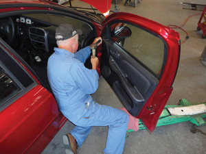 Aligning Panels Closing The Gap Body Shop Business