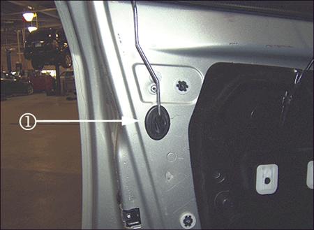 Tech Tips Repairing The 06 09 Buick Lucerne Front Door Lock Bodyshop Business